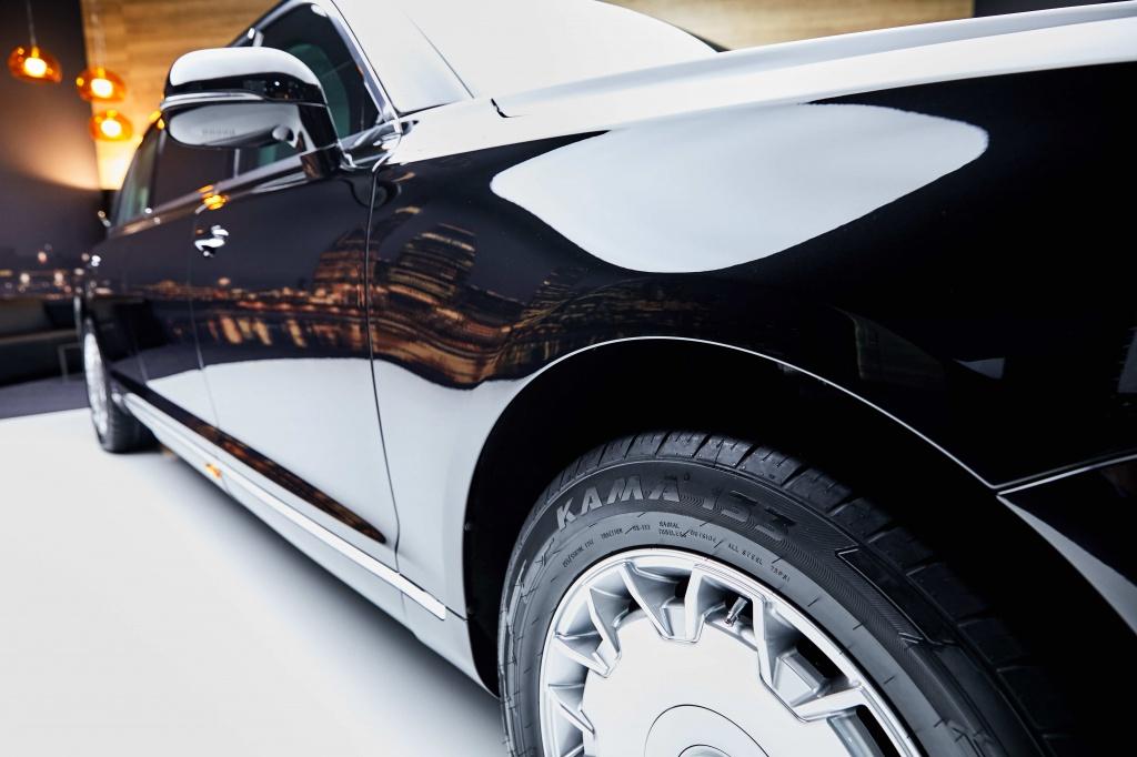 Продукция KAMA TYRES на лимузине Aurus Senat L700